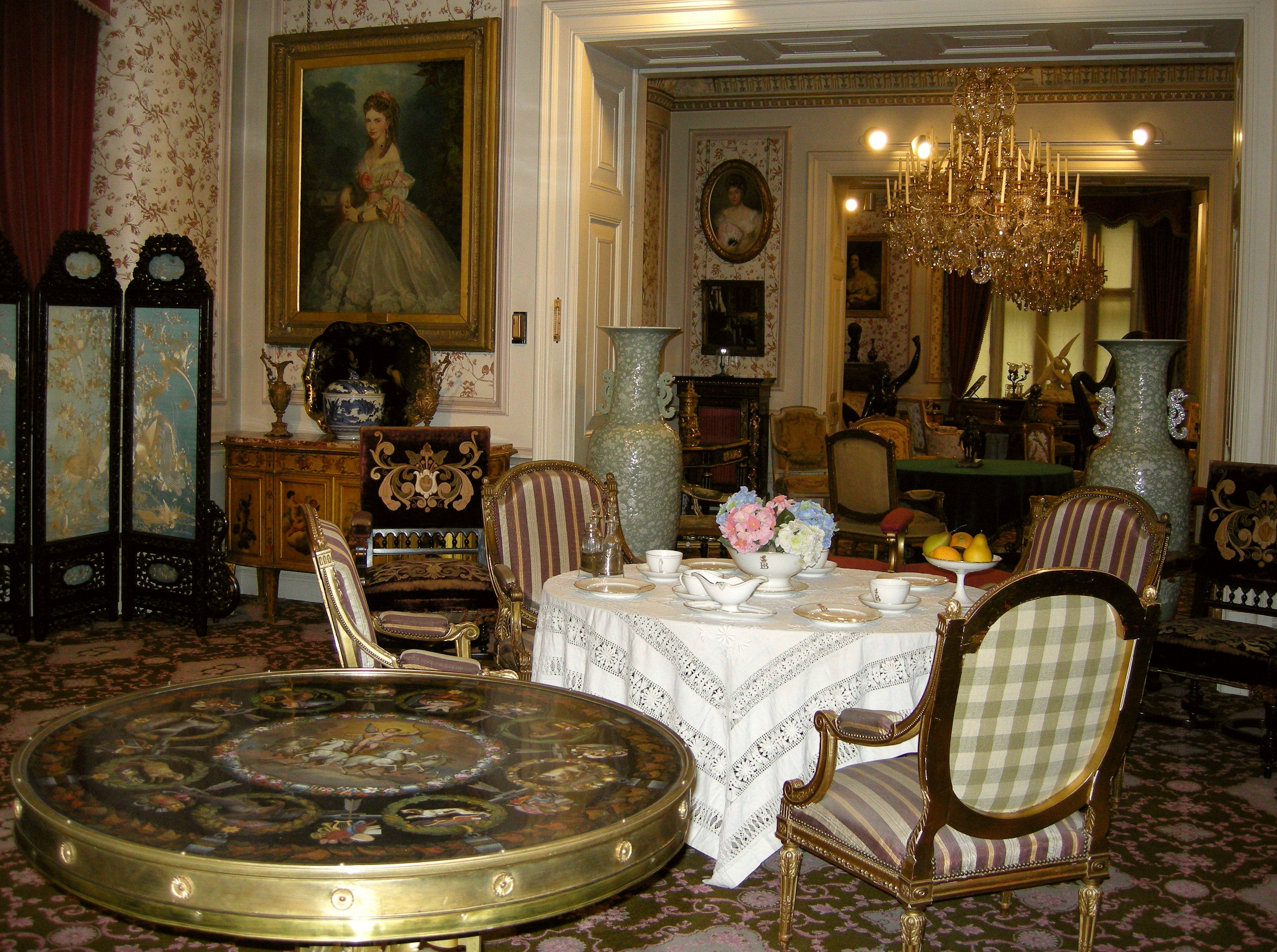 Victorian Clutter Living Room Victorian Style Victorian Style Furniture Victorian Furniture #victorian #style #living #room #furniture