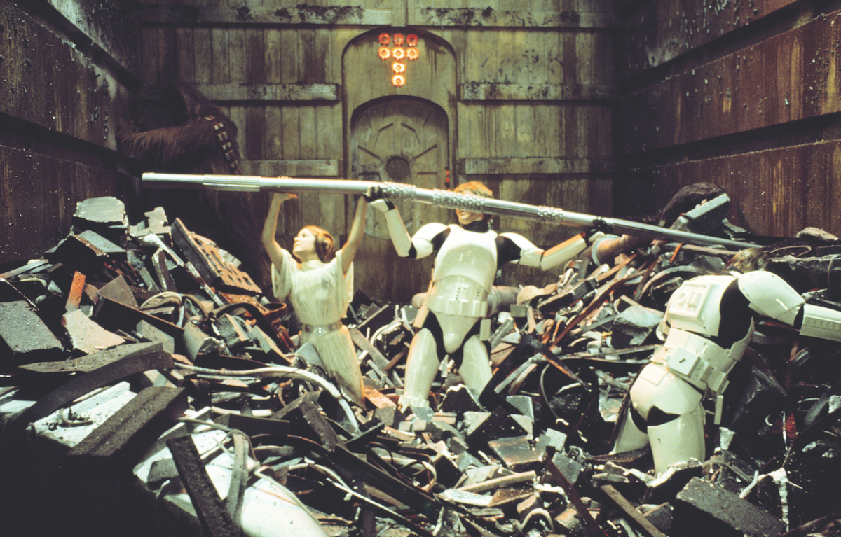 Image Result For Star Wars Trash Compactor Star Wars A