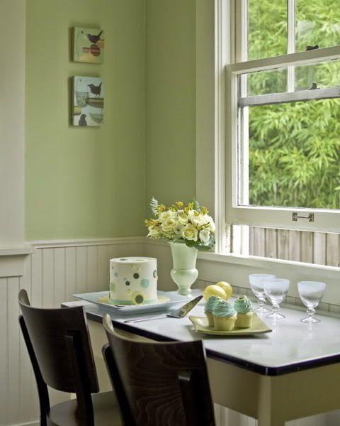 Forest Green Kitchen: #LivingRoom// #DinningRoom Colours -> Split White And