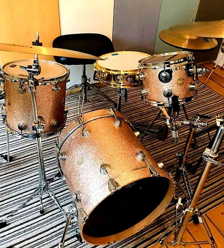 Pin by Terry Nugent on DW Drums | Dw drums, Drums, Custom
