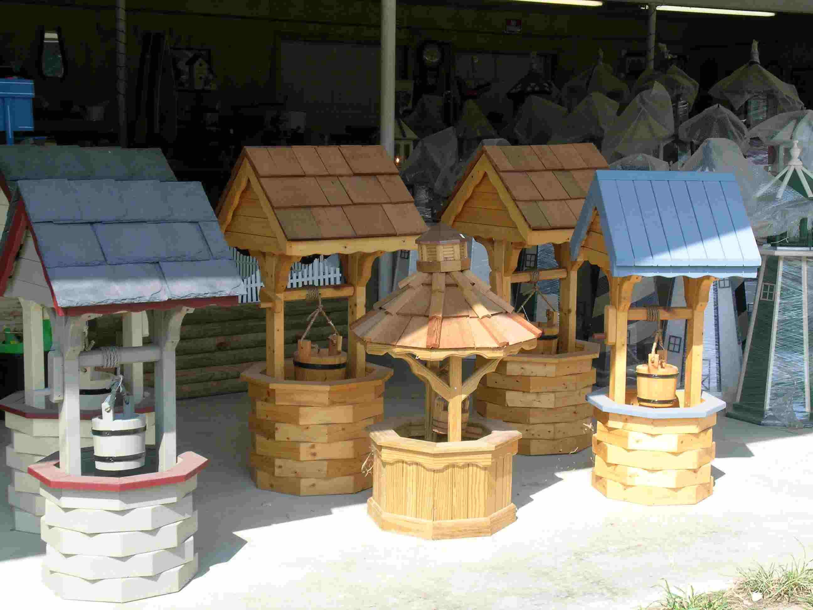Wishing well lawn ornament - How To Build A Round Wooden Wishing Well Google Search