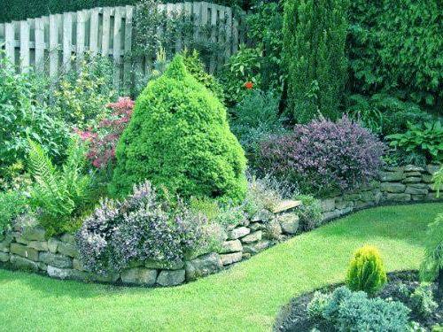 Muretti In Pietra Per Giardini.Muretto In Pietra Nel Giardino Piccoli Giardini