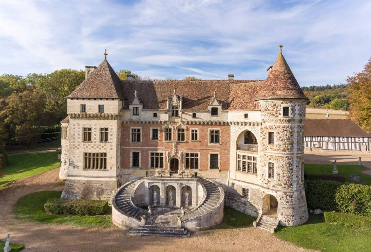 Pin on French Chateau (Escape to the Chateau).