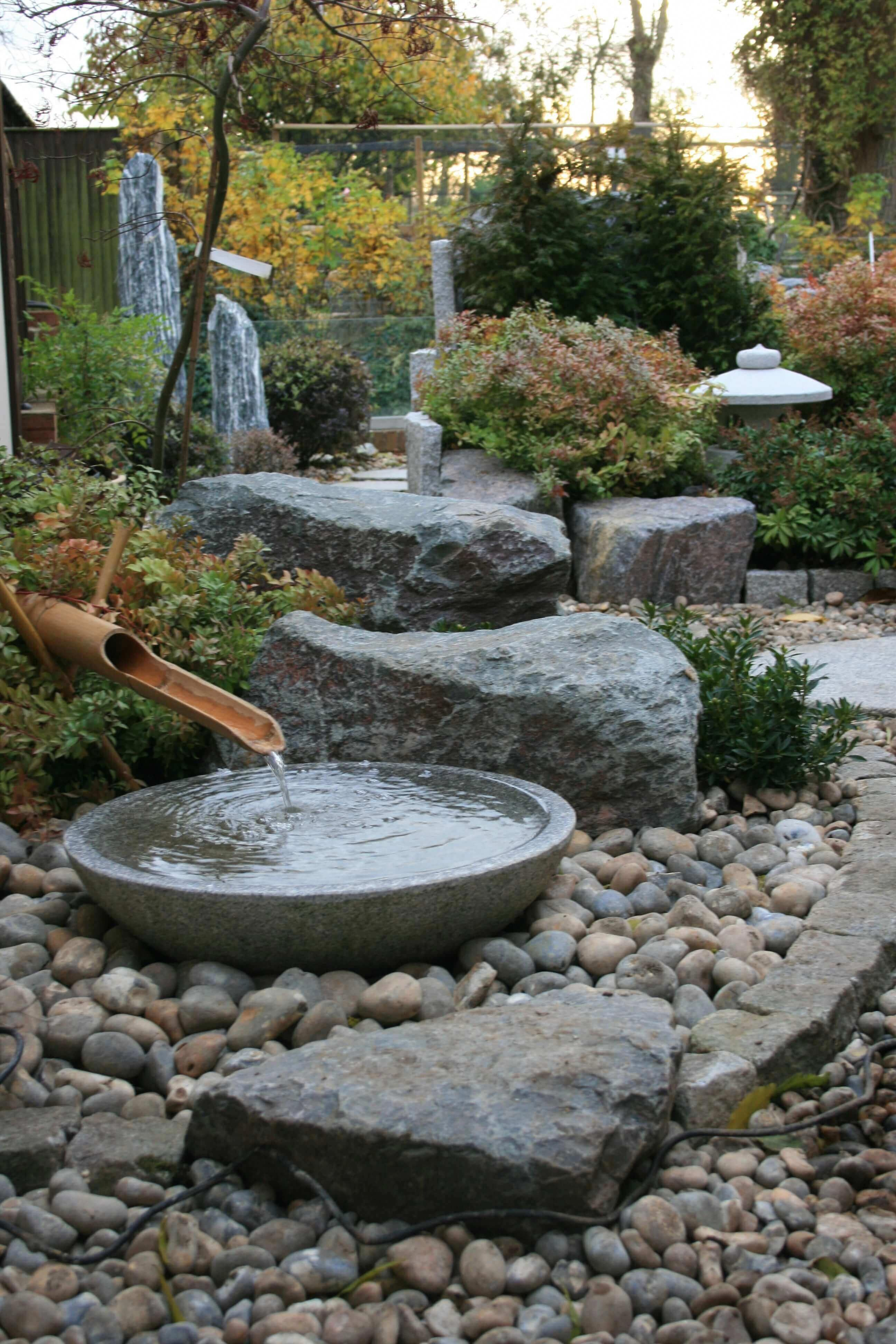 Japanese Garden Design Use Of Stones And Boulders Small Japanese