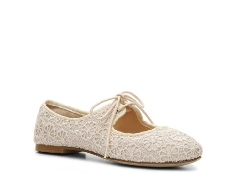 I Love this lace effect on shoes. Combining flat lowrise comfort with classic elegance. Restricted Scrabble Eyelet Oxford Flat $39.95 from DSW.