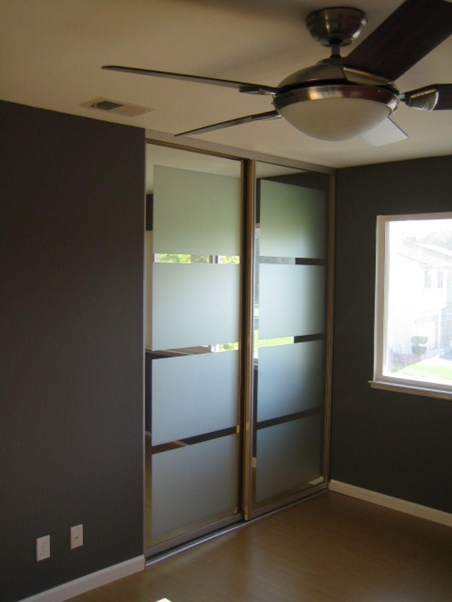 Mirrored Closet Doors: The $25 Makeover!   Mirrored closet doors ...