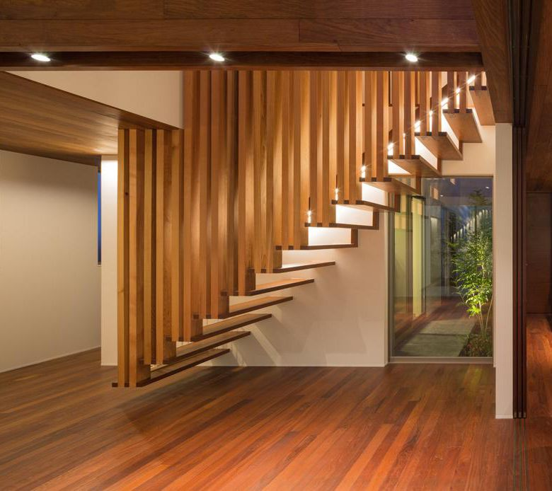 Best Suspended Wooden Staircase Floats On Air 1 Timber 400 x 300