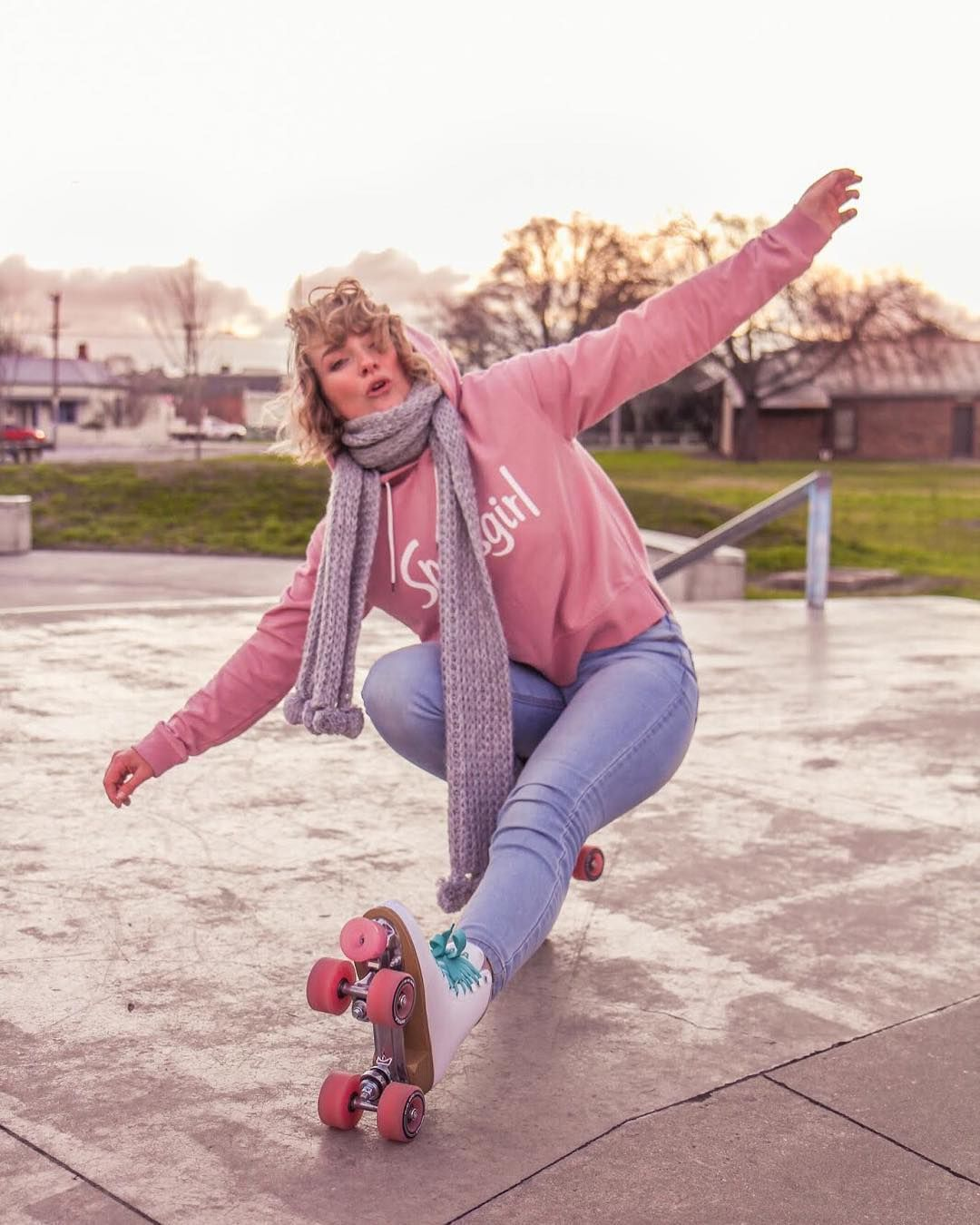 Pin By Michaela Harwood On Skating In 2020 Roller Skating Outfits Pink Roller Skates Roller Skaters