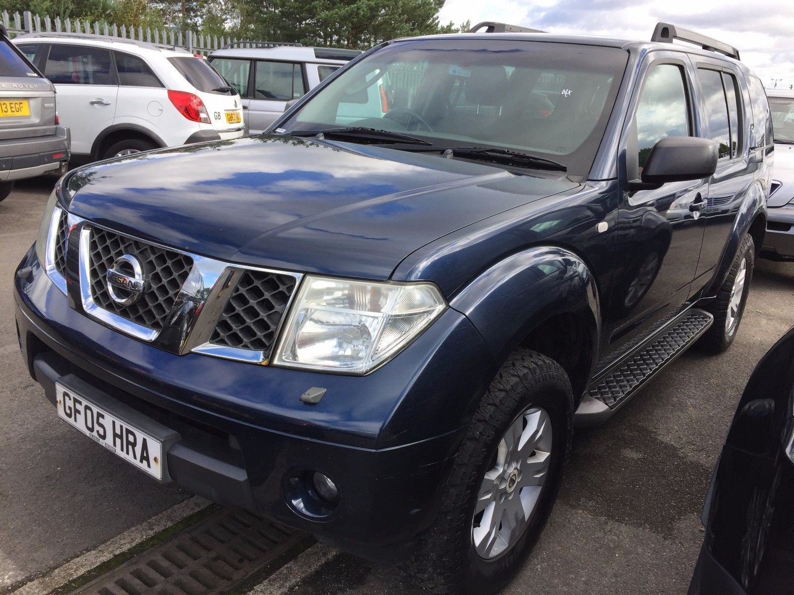 EBay 05 NISSAN PATHFINDER 25 DCI SE 7 SEATS SPARE OR REPAIR DRIVES