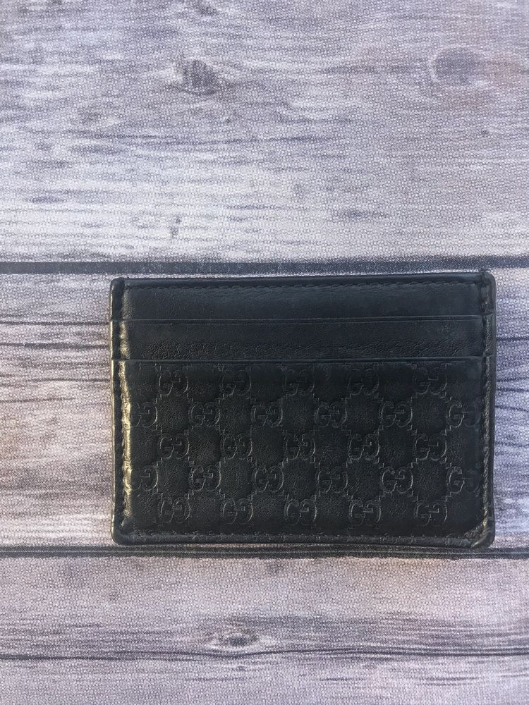 Authentic gucci black leather card holder w money clip