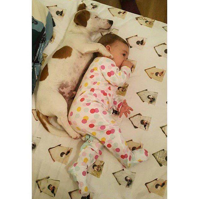 Sleeping w/sista  #tb by jr_barfi