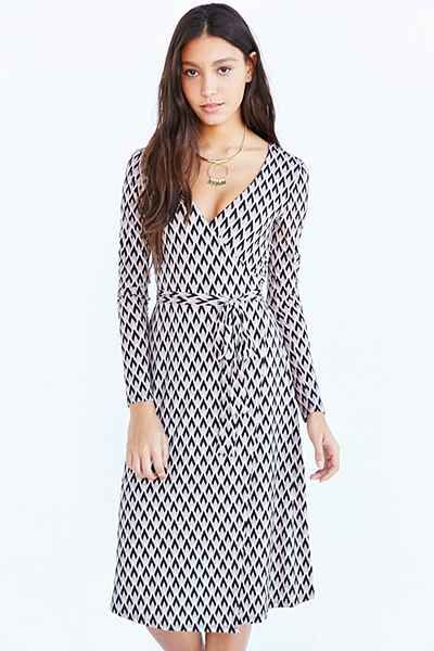 fc6edaf35855 Ecote Long Sleeve Midi Wrap Dress - Urban Outfitters