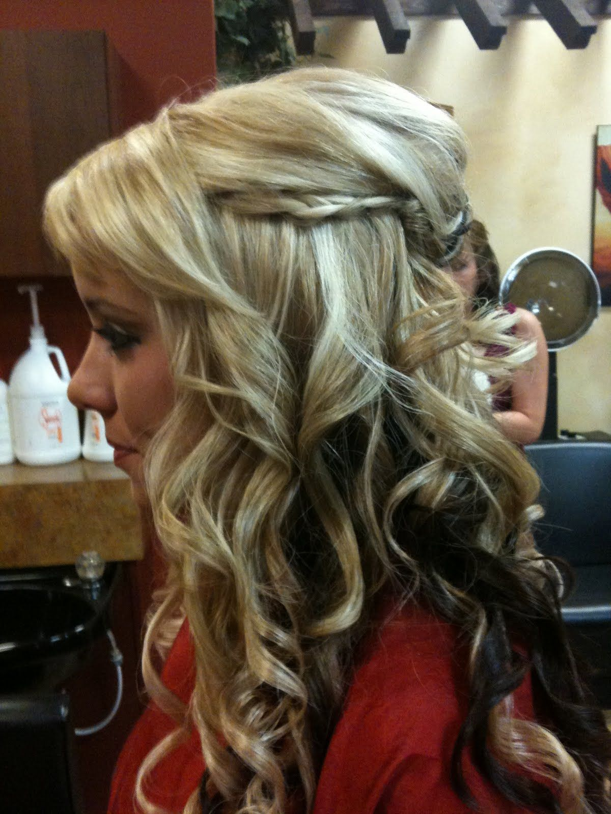 Hairbyadrianne updo prom homecoming formal cutehair blonde