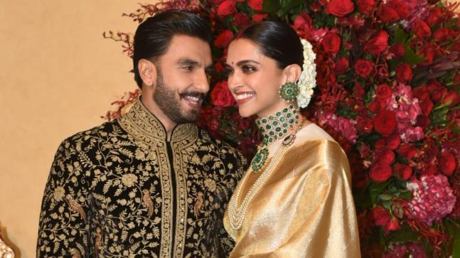 The Wedding Reception Of Deepika Padukone And Ranveer Singh At The Leela Palace Hotel Bangalore In 2020 Ranveer Singh Wedding Reception Palace Hotel
