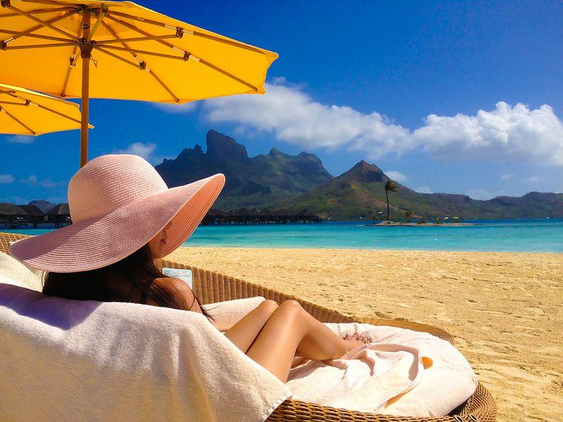 Four Seasons Resort Bora Bora Part 3 Stylish Petite Bora Bora Bora Bora Resorts Four Seasons