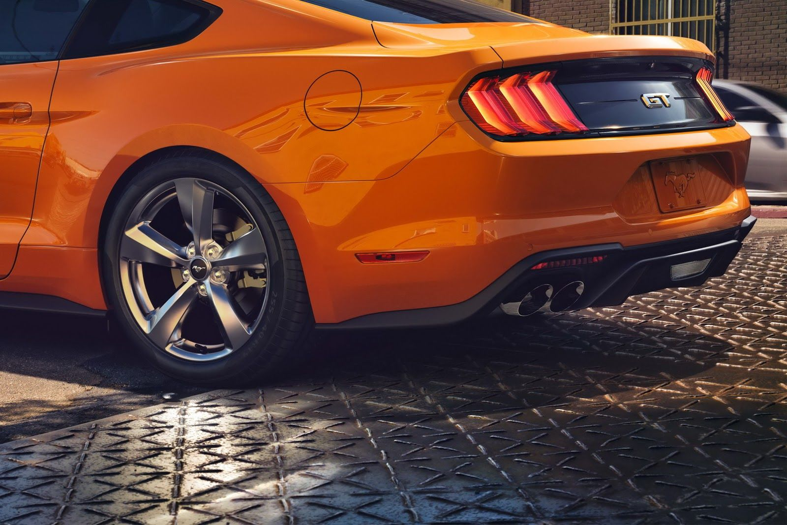 2018 Ford Mustang Facelift Loses V6 Gains New Face 10