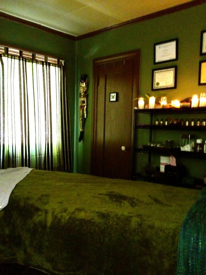 inviting green therapy room massage therapy in 2018 pinterest rh pinterest co uk green massage norwalk ct green massage norwalk ct