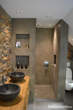 Rustieke lei natuursteenstrips exclusieve uitstraling realisatie kevin badkamer - Rustieke wc ...