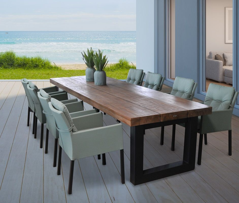 Wunderschoner Gigantischer Gartentisch Mit Naturlicher Teakholz