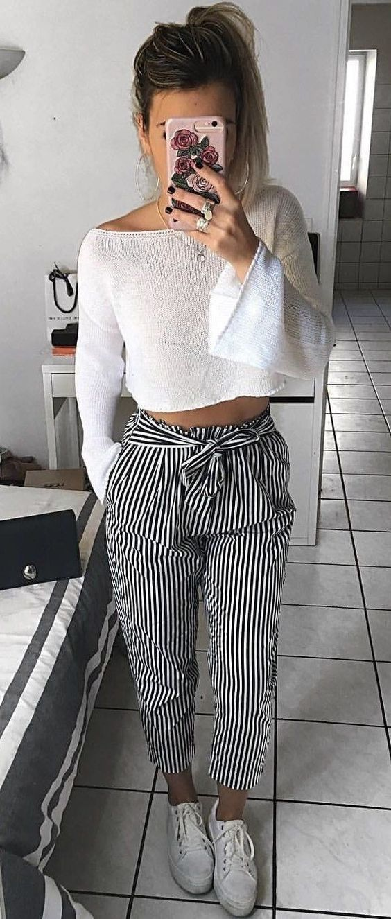 latest design on feet images of sold worldwide Crop pull + pantalon ligné + baskets | Fashion outfits ...
