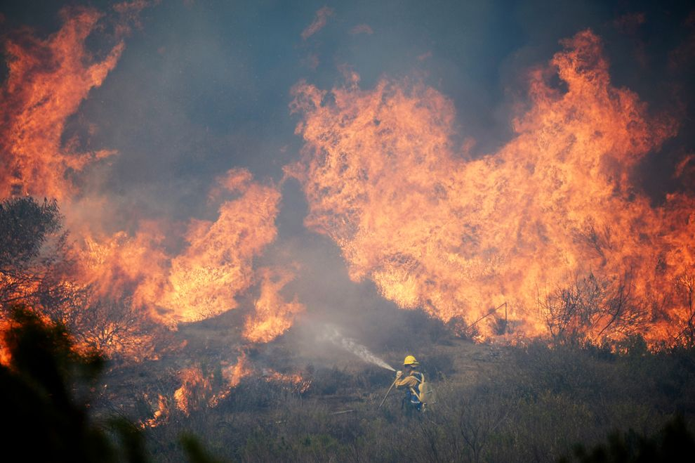 Wildfires In California With Images Wildland Firefighter California Wildfires Los Angeles Area