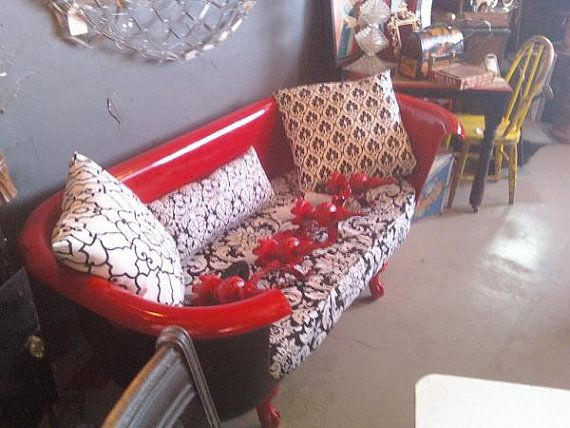 Repurposed Claw Foot Bathtub Couch Just Like By Bisbeewoodwireco 850 00 With Images Clawfoot Tub Repurposed Old Bathtub