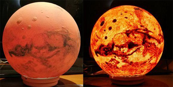 Photo of 今そこにある惑星。宇宙を身近に感じられる、月と惑星のプラネットランプ : カラパイア
