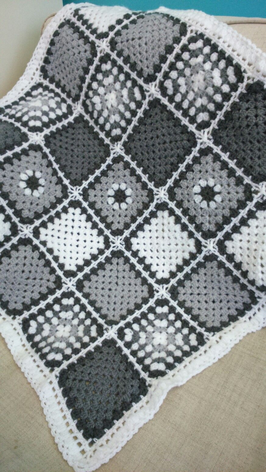 Monochrome cot blanket with flat braid join by Crochet Maid #grannysquareponcho