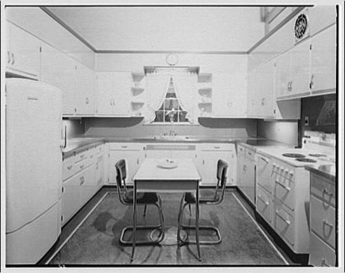 1920s/1930s kitchen from library of congress | 1930s kitchen