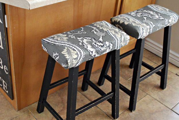 Studio 5 Makeover Your Bar Stools Bar Stool Cushions Upholstered Bar Stools Bar Stools