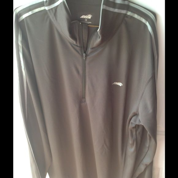Avia 1/2zip pullover jacket size M Great jacket by Avia. Worn only a couple of times. Washes up very well. Taken great care of. No piling. Sri fit material. All my items come from a smoke and pet free home. Avia Jackets & Coats