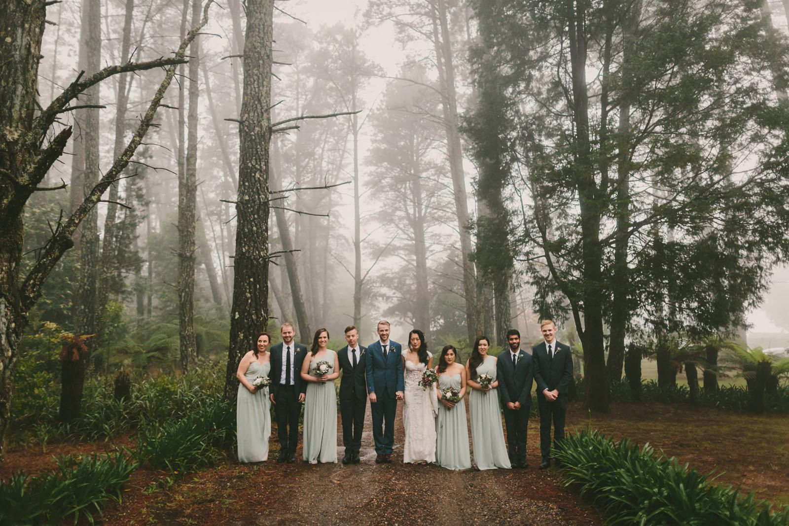 Bridal Party Photographs At Allview Escape In The Blue Mountains Wedding Photography Bridal Party Blue Mountain The Blue Mountains