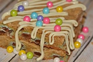 M AND M BLONDIES small
