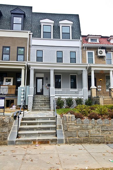 Pin By Jasmine Byrd On First Home Vision Board House With Porch My Dream Home Row House