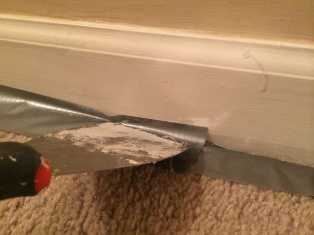 The Clever Way To Paint Baseboards Over Carpet Painting Baseboards Rug Over Carpet Baseboards
