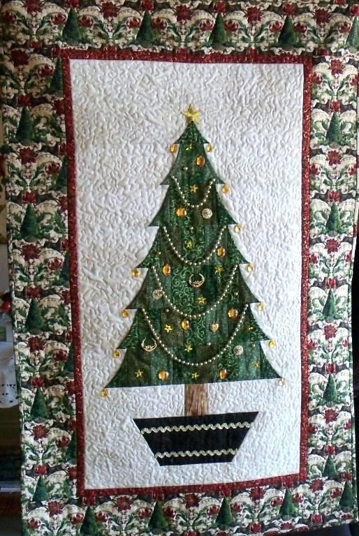 Trio Christmas Tree Quilt Patchwork Quilt Applique Quilt
