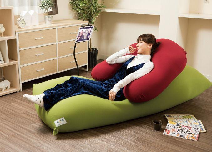 話題のyogibo 担当編集者も自腹で即買い これは本当に人をダメにします ヨギボー 体にフィットするソファ 家具のアイデア