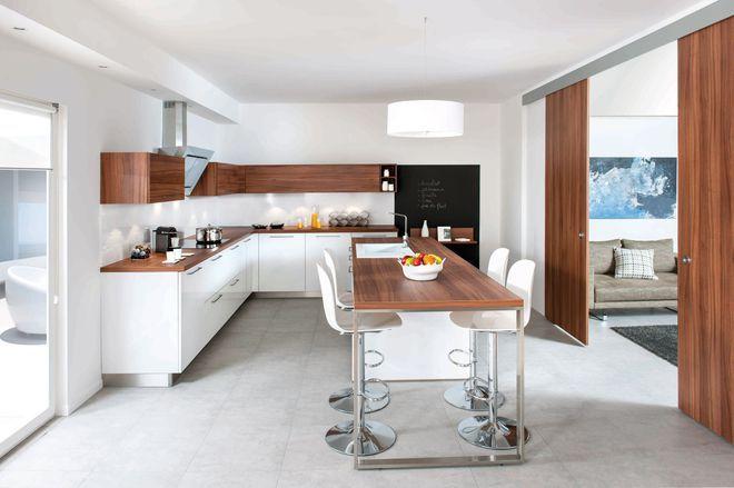 Cuisine semi-ouverte avec un îlot central home Pinterest Future - cuisine ouverte sur salon m