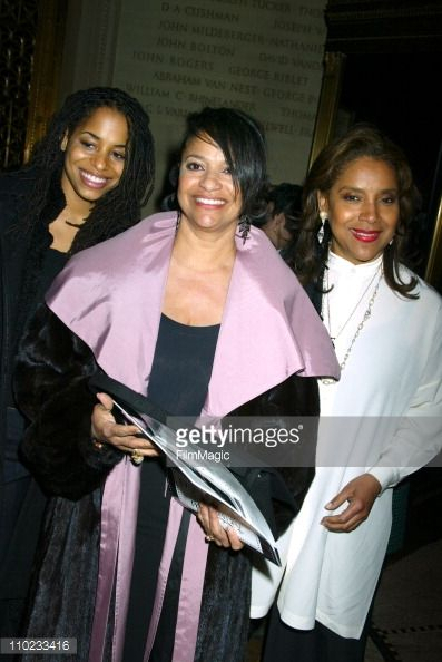 1820b931845b Debbie Allen and her daughter Vivian and her sister Phylicia Rashad Get  premium, high resolution news photos at Getty Images