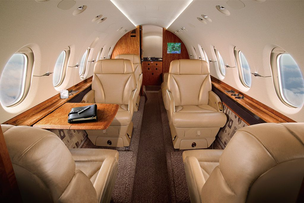 Hawker 800XP Mid Sized Jet » Skyservice Air Charter Air
