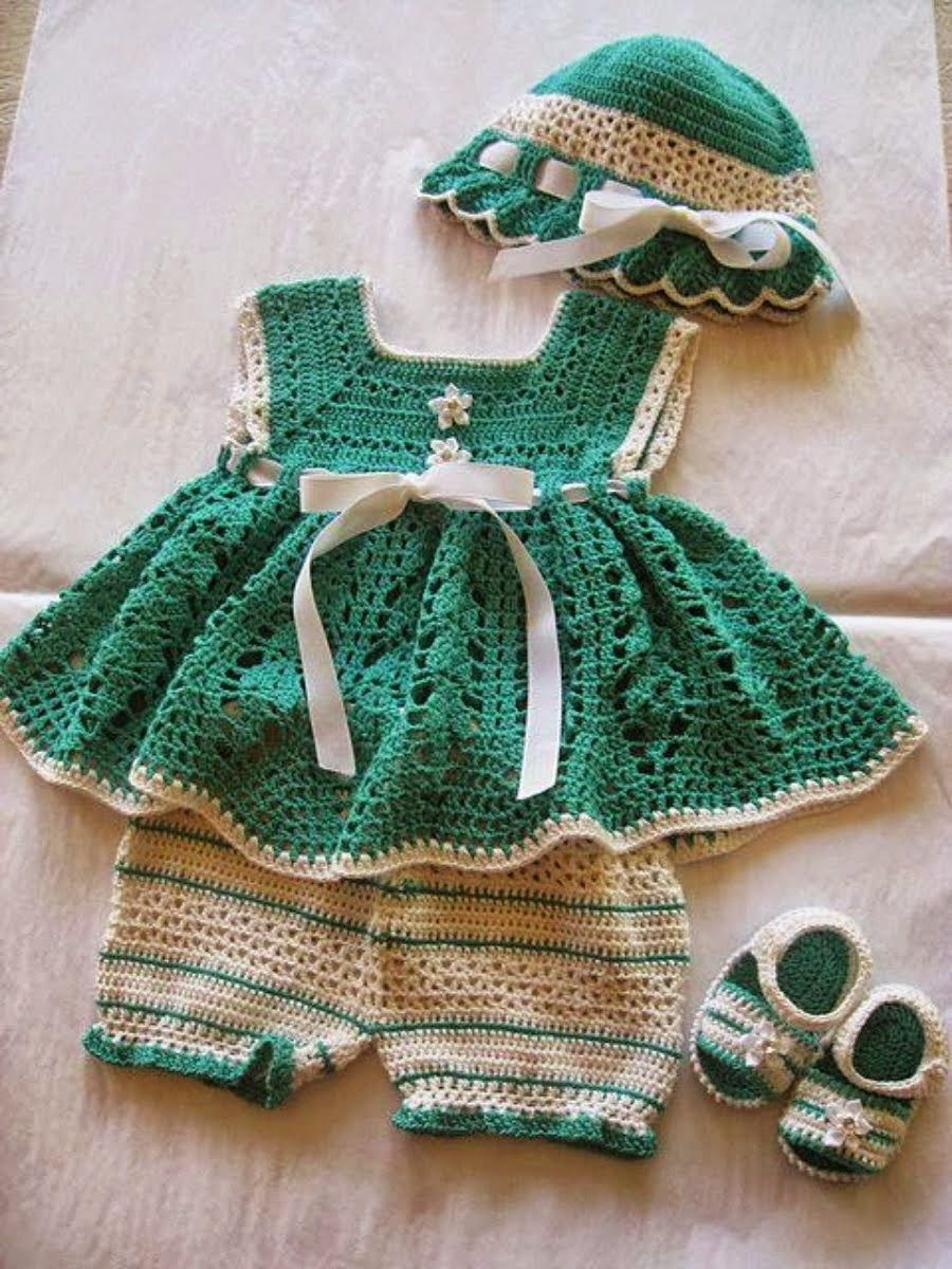Vestido de croche infantil verde e branco