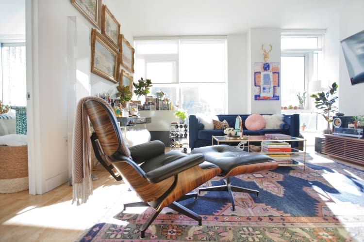A Traditional New York Apartment Masters Eclectic Maximalism New