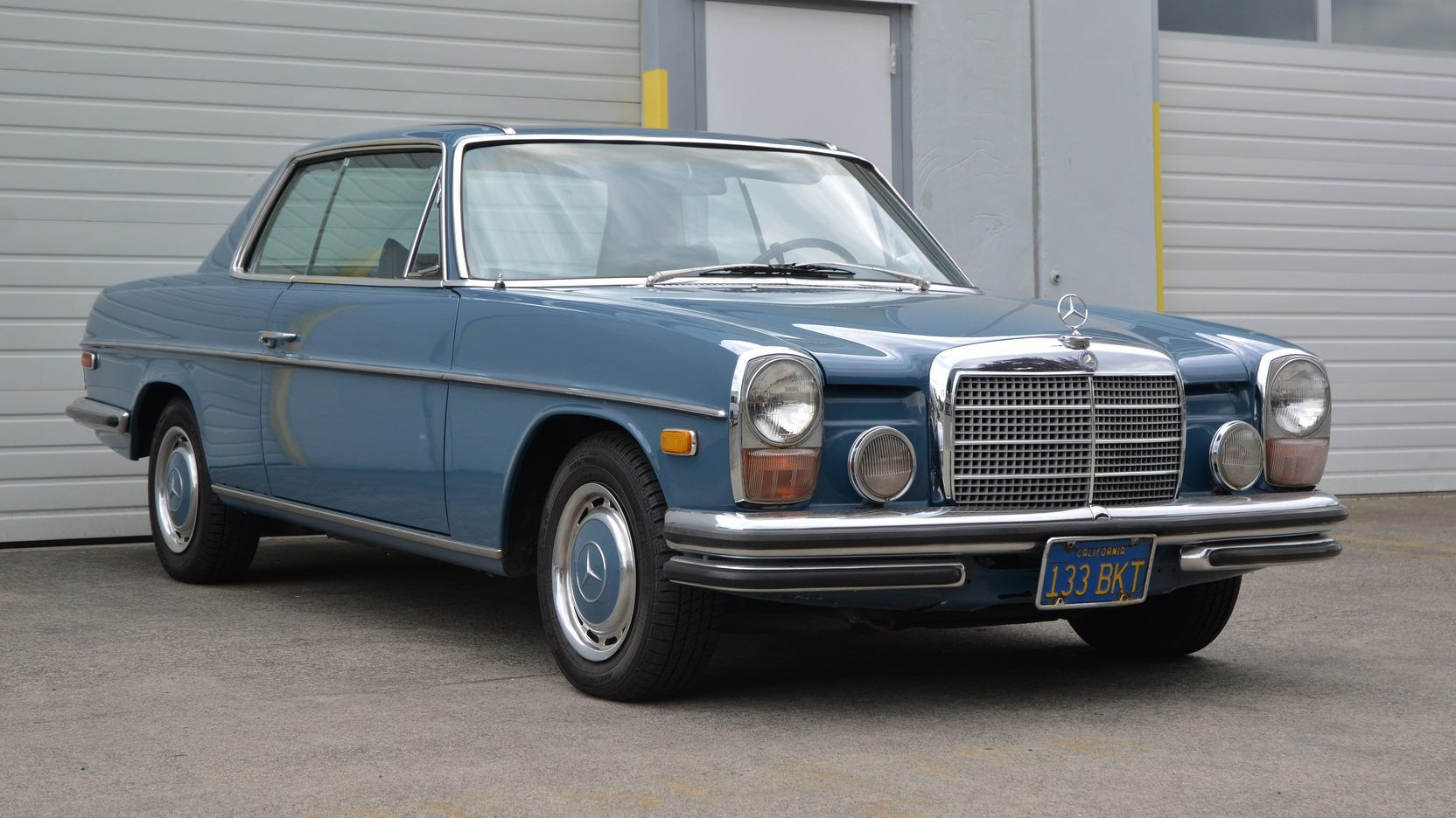 1970 Mercedes Benz 250c 2 8l Automatic Lot S40 Portland 2016 Mecum Auctions Mercedes Benz Mercedes Mercedes Benz Classic