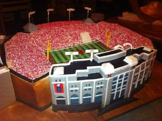 Nebraska Stadium Cake Video Game Cakes Themed Wedding Cakes Sports Themed Wedding