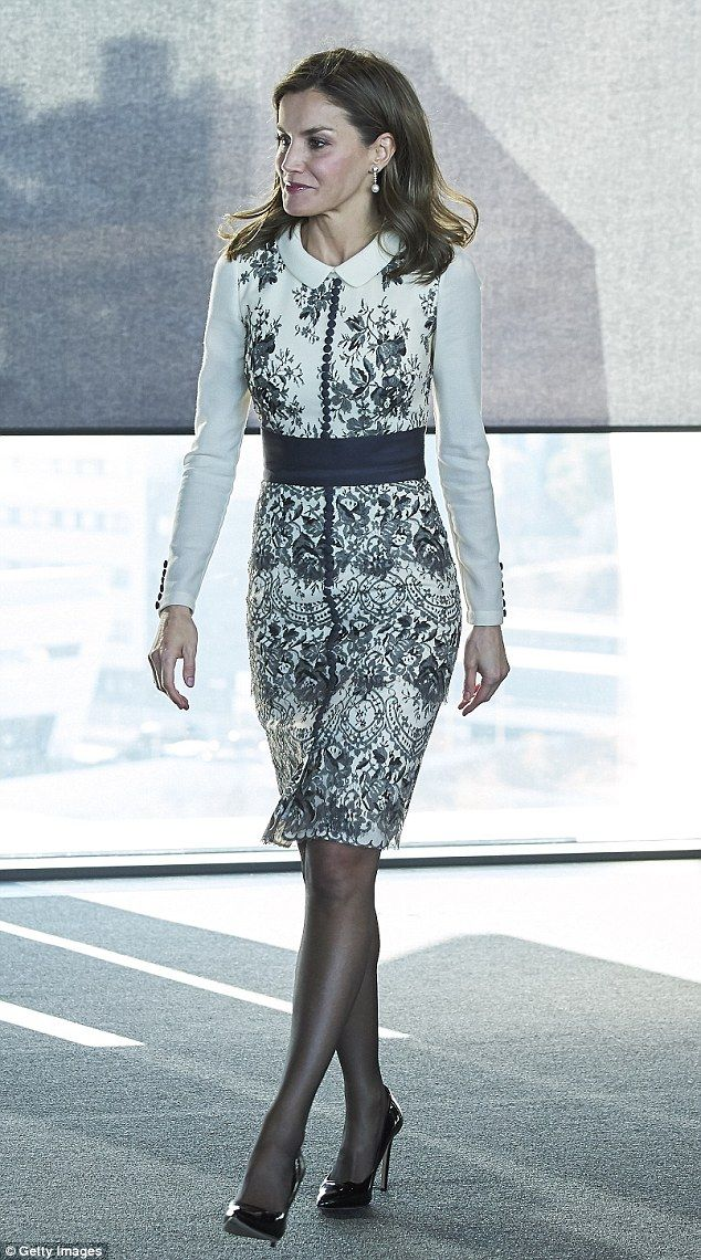 Queen Letizia wears elegant floral dress at awards ceremony in Madrid  81caa327e617