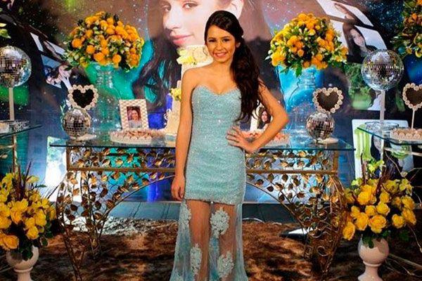 Bianca Paiva comemora 15 anos com uma super festa   15 anos, Festa, Festas  de 15