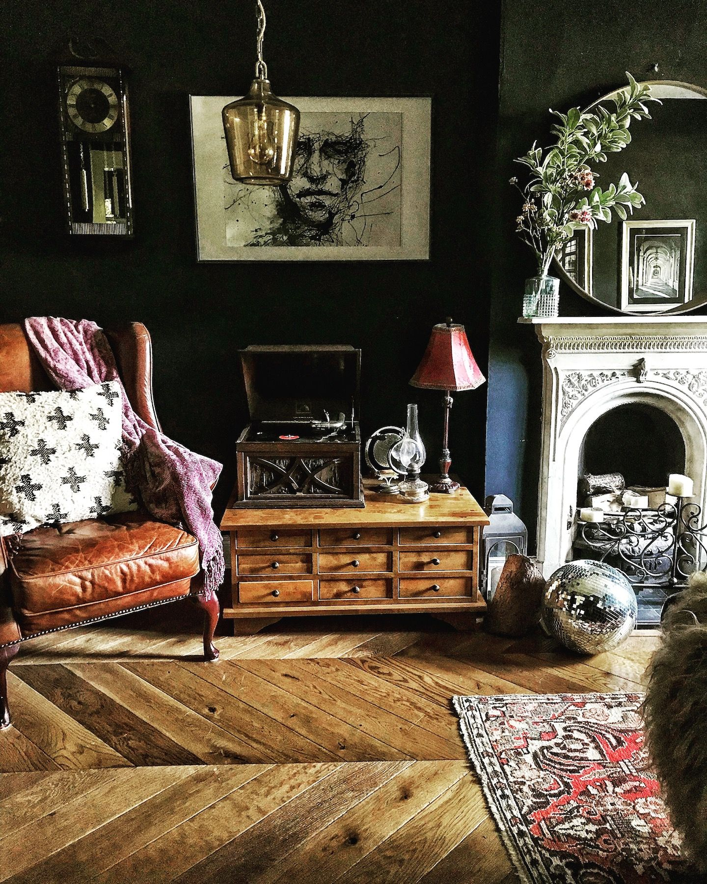 Living Room Suites Northern Ireland Interior Design Kerala Style A Dark Cozy Cottage In The Countryside Sponge