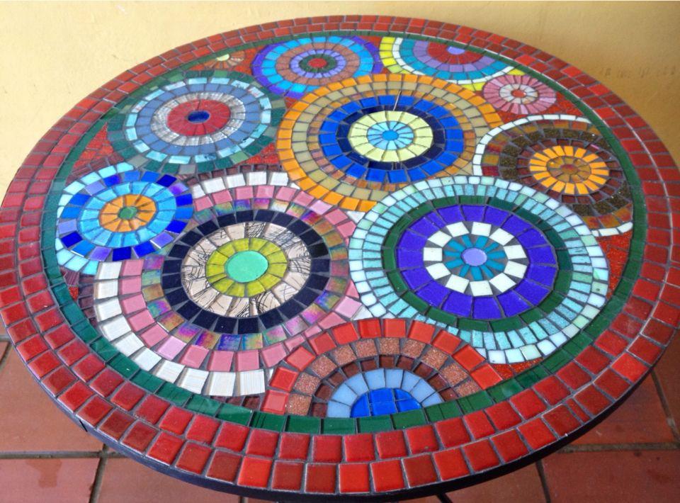 mesas con mosaicos - Buscar con Google   Ideas Artesanales ...