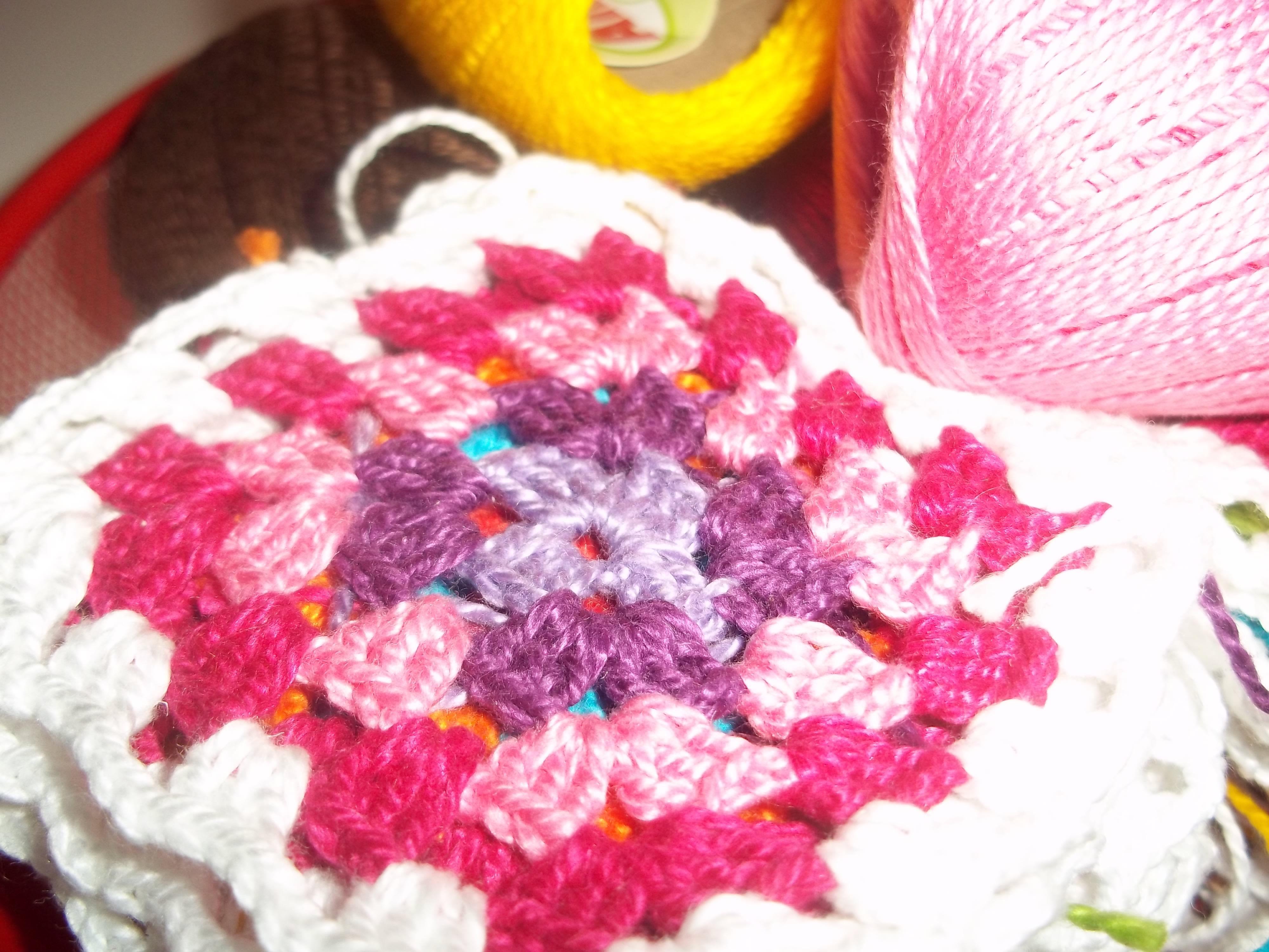 Meus grannies squares - trabalhando na minha colcha...