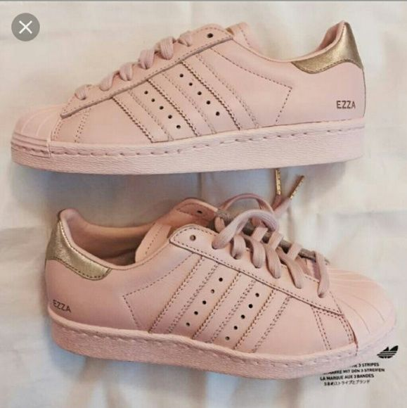 ISO blush adidas supercolor superstar I am looking for these